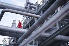 Worker in petroleum plant