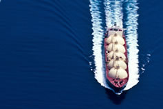 lng-unchartered-waters-oil-tanker-vessel-ship-promo