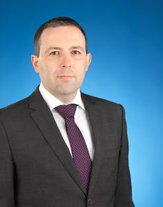 Barry ryan is a director in the audit practice in kpmg in the channel islands