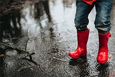 Risk and ICAAP benchmarking survey 2019 - man-wearing-red-color-rain-boots-on-road