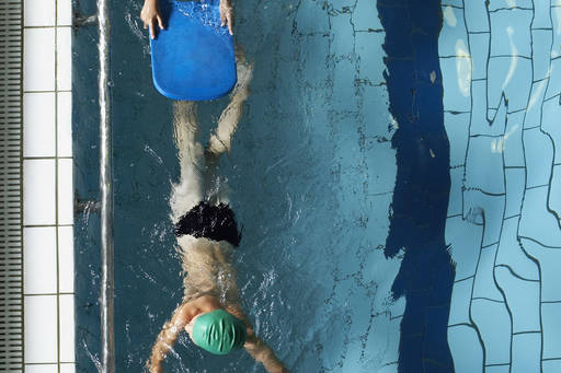 Kids learning swimming