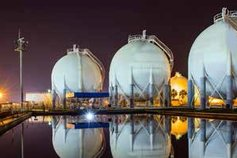 lng plant storage tanks