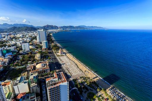 vietnam-city-view-by-the-sea