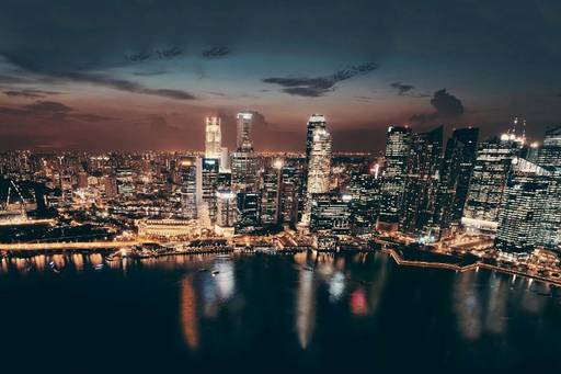 singapore-skyline-night-view-of-buildings