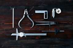 Table of measuring tools