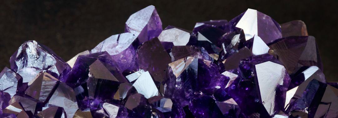 Multifaceted gemstone