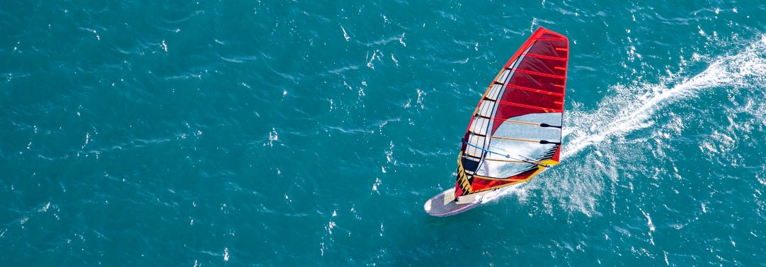 IFRS Newsletter Financial Instruments: Red windsurfer
