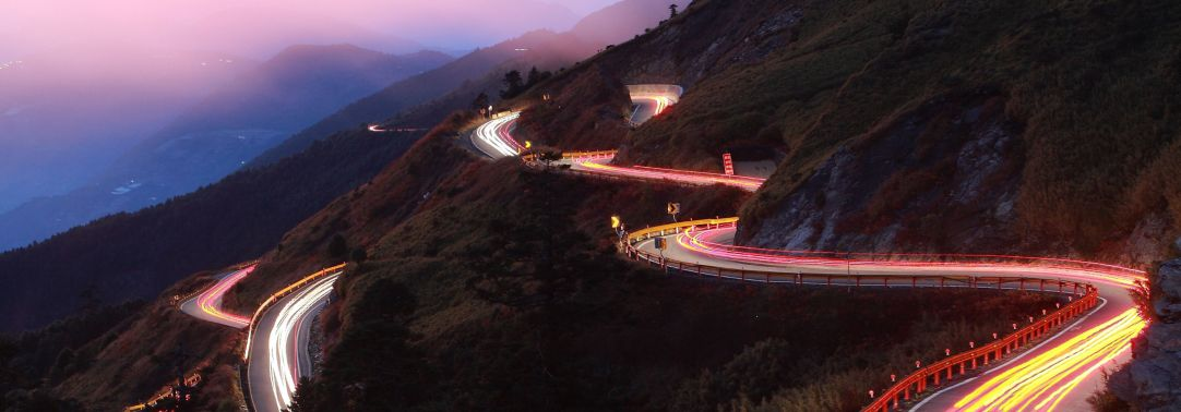 Road with light pulse