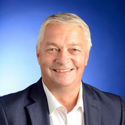 Connect with Simon