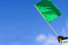 Anticipating the green flag: Accelerating a COVID-19 exit for auto retailer