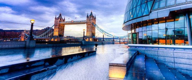 London Tower Bridge und City Hall