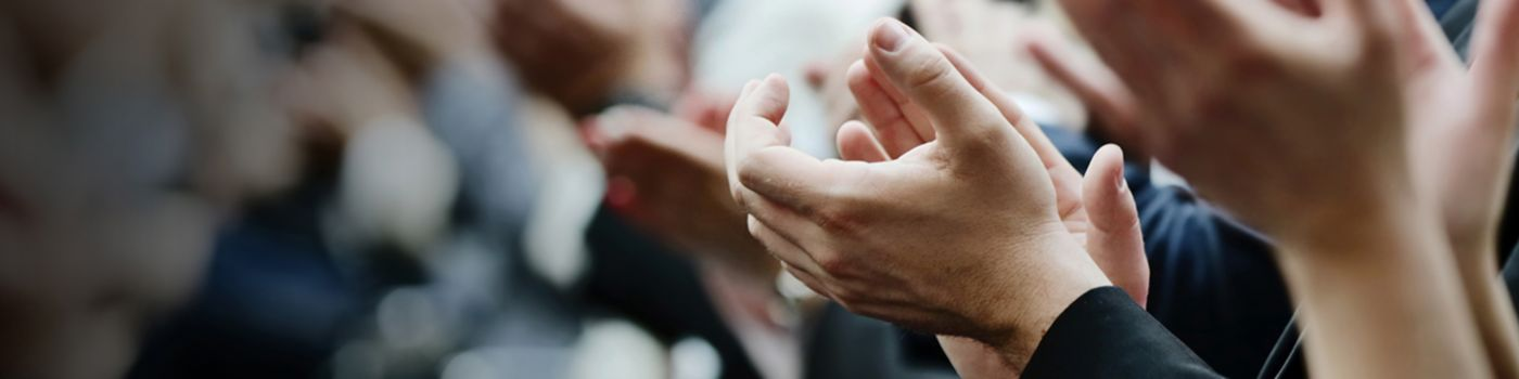 business-people-clapping