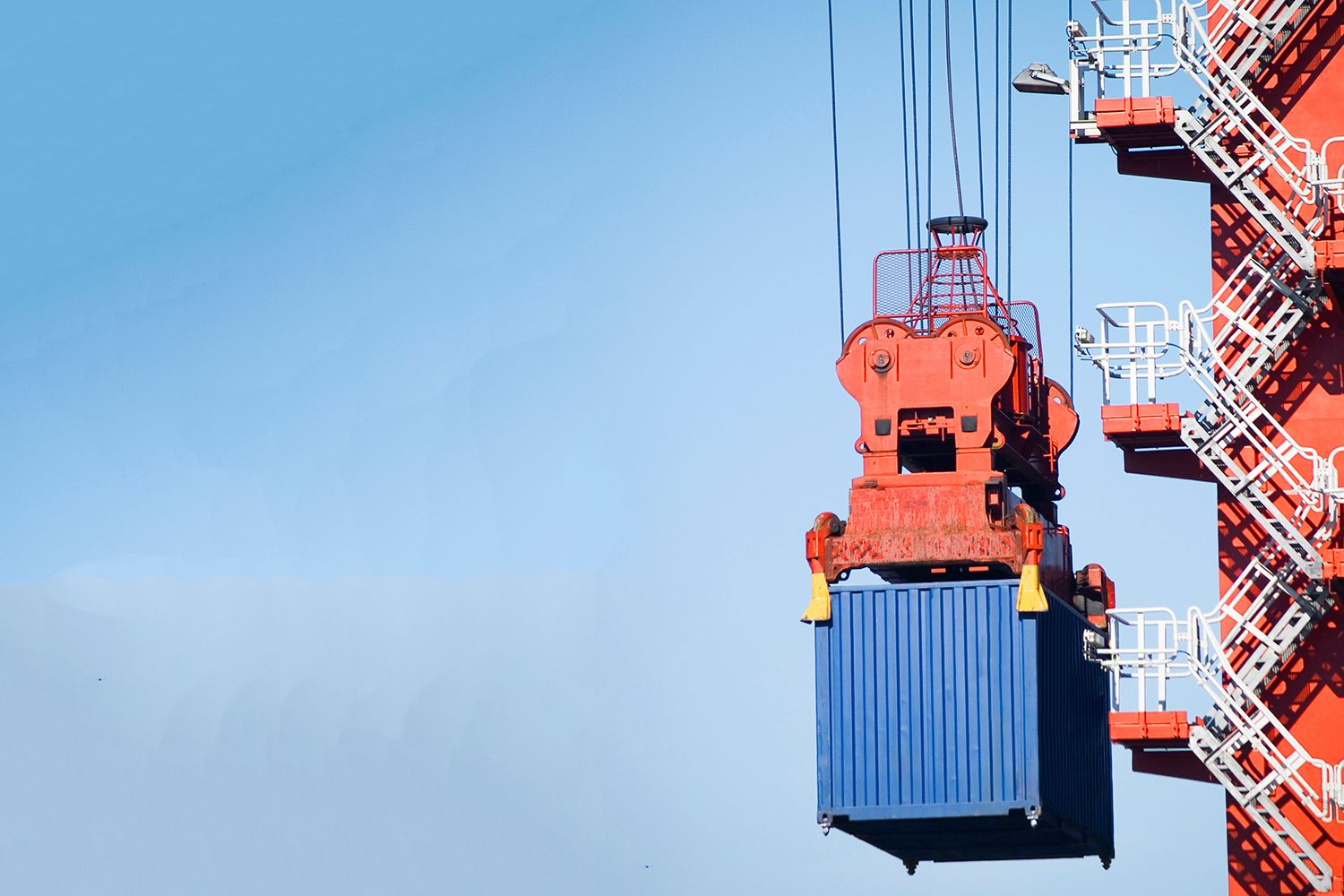 container crane lifiting stairs
