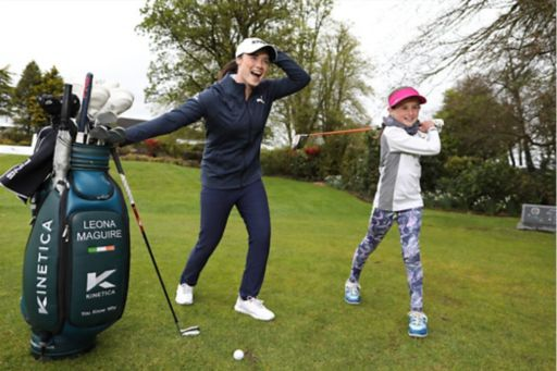 Leona Maguire with a partcipant from the Irish Kids Golf Tour
