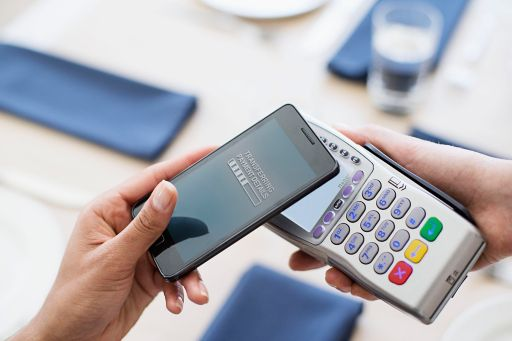 making-credit-card-payment-using-mobile