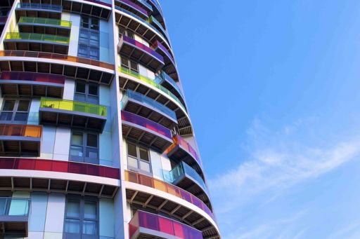 Apartment building high-rise