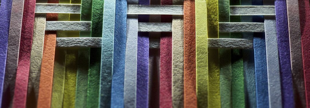 strings-of-different-colors