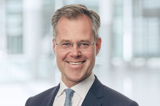 Connect with Andreas